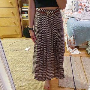 3/$19✨ Zara Belted Skirt